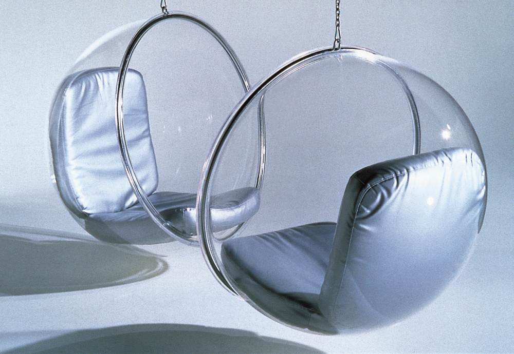 10. bubble-chairs_eero aarnio 1968.jpg