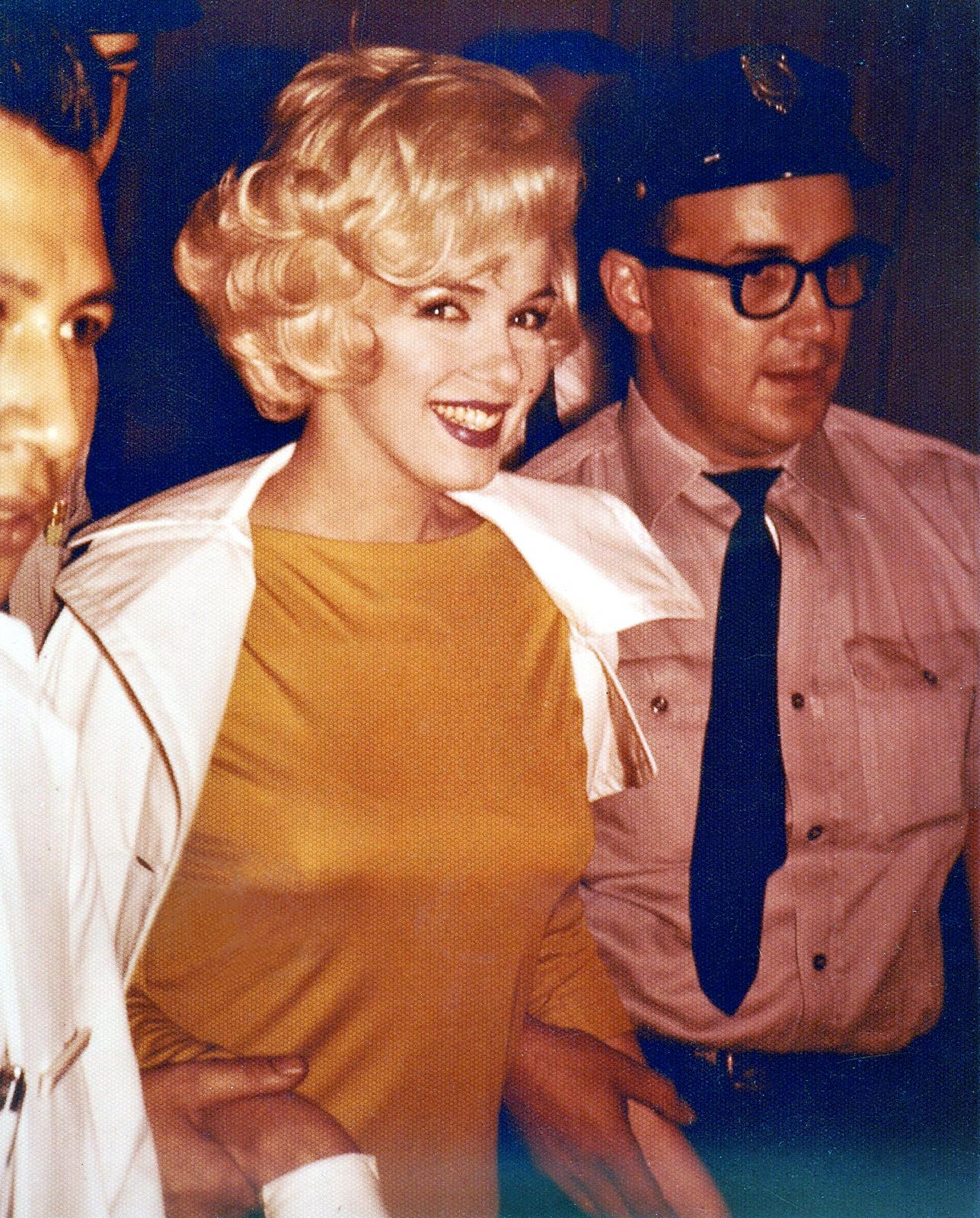 Sortie du Polyclinic Hospital, New York - juillet 1961