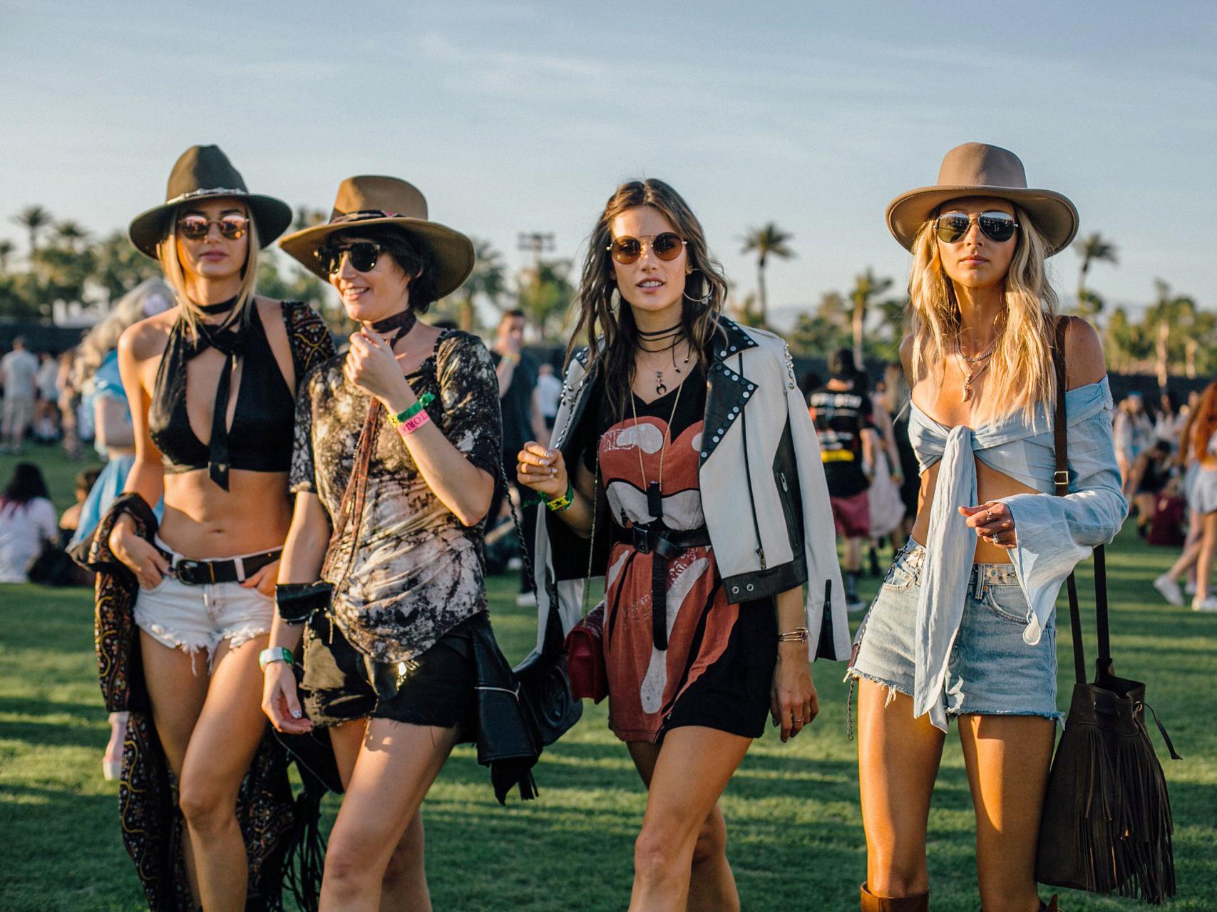 Street style @ Coachella 2018 vogue.jpg